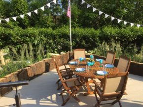 Bradstone supports another series of ITV's Love Your Garden