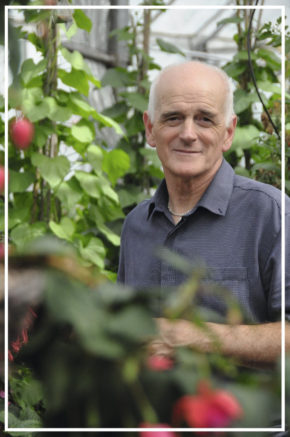 Suttons senior horticultural manager to retire after 44 years with business